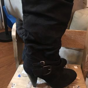 Shoes - Size 6 women's boots